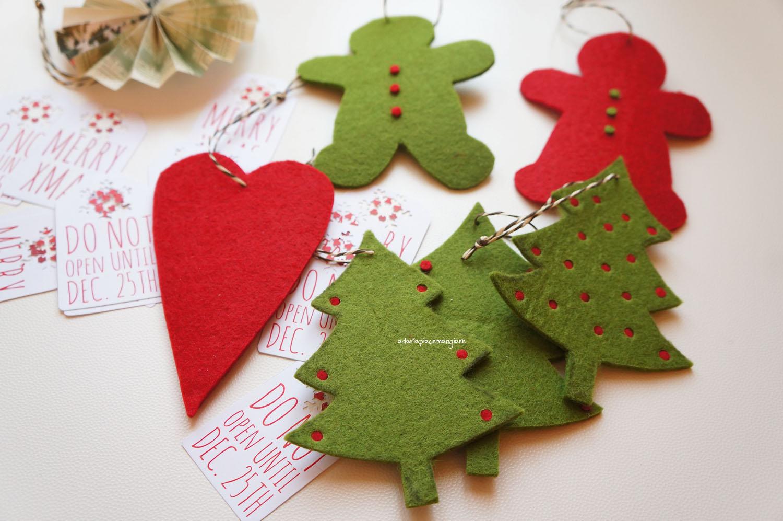 Pacchetti E Decorazioni Natalizie Il Natale Sta Arrivando A